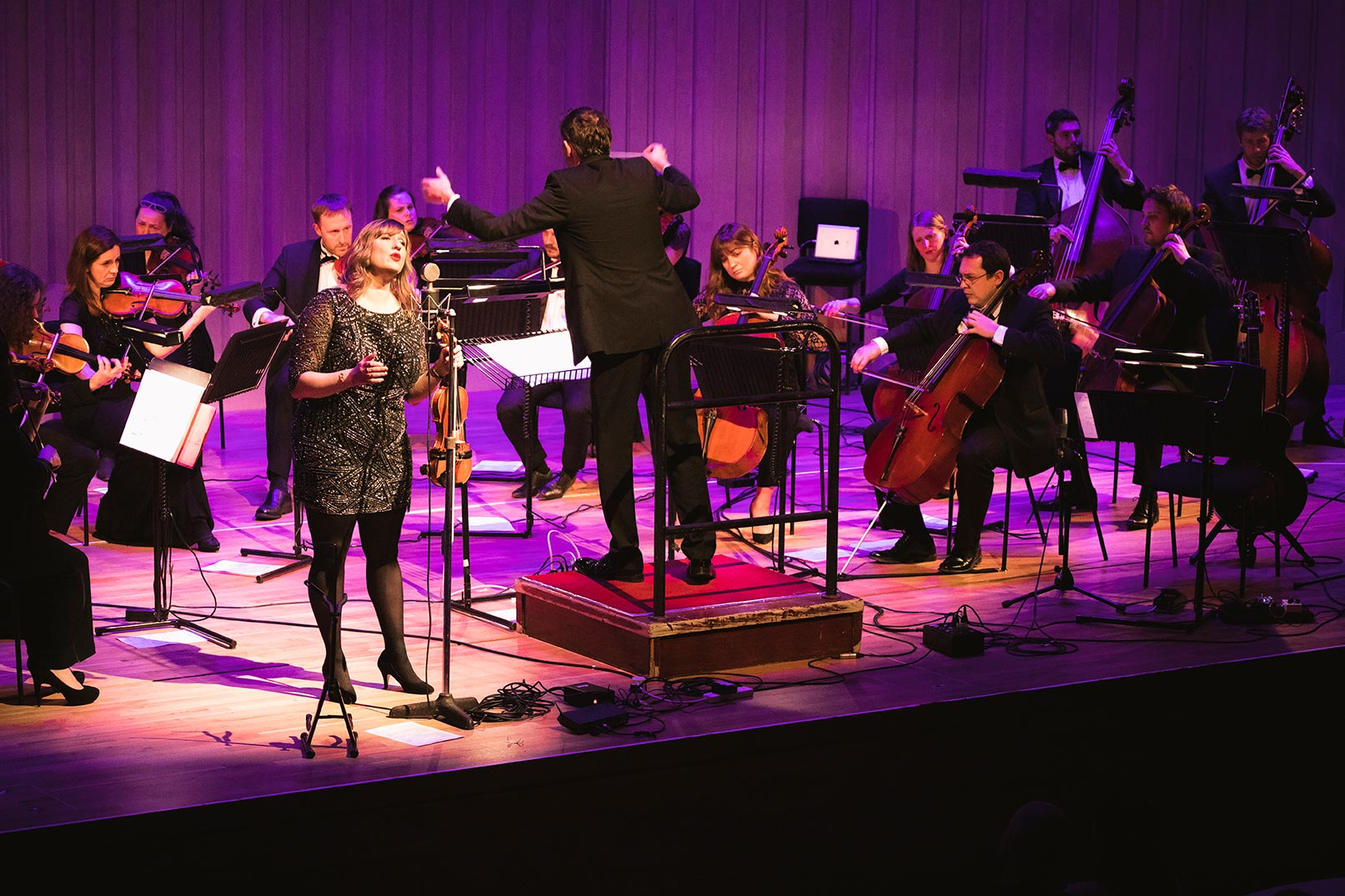 Seonaid Aitken performing with the Scottish Session orchestra